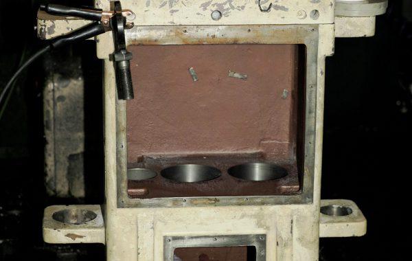 Naprawa czterech otworów Ø125H6 w korpusie przekładni reduktora